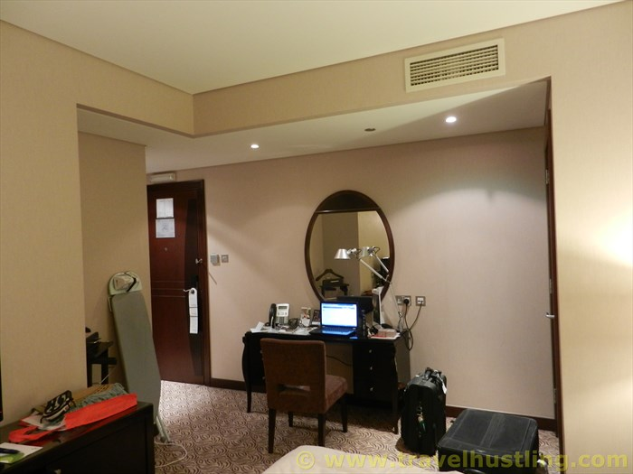 Rose Rayhaan hotel room ambiance